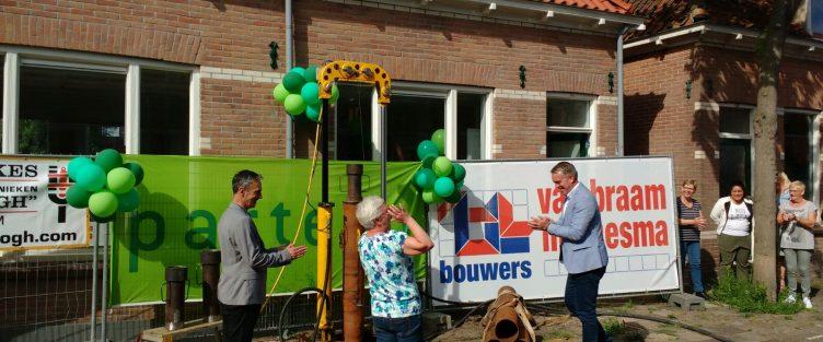 Feestelijke start Renovatie 49 woningen Krommenie