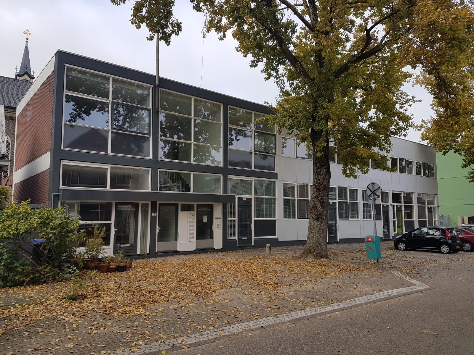 Transformatie drukkerij naar 14 appartementen